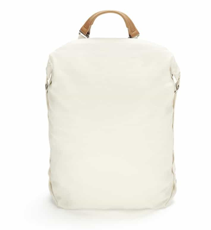 qwstion-rollpack-natural-white-front Rucksack